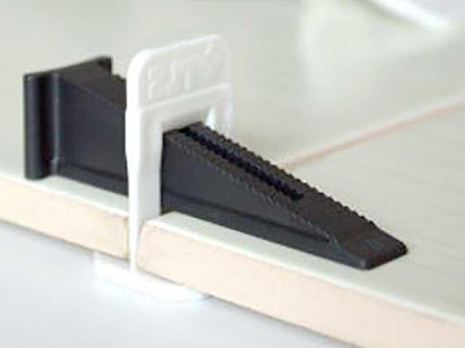 Как правильно уложить плитку в ванной комнате своими руками