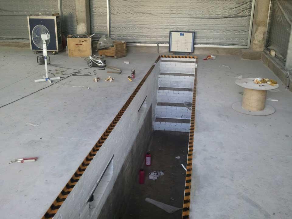 Как самому сделать смотровую яму в гараже