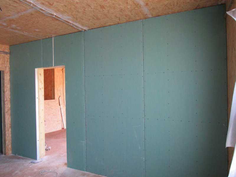 Варианты отделки стены гипсокартоном