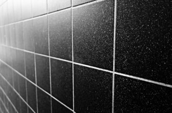 Плитка для облицовки стен и полов