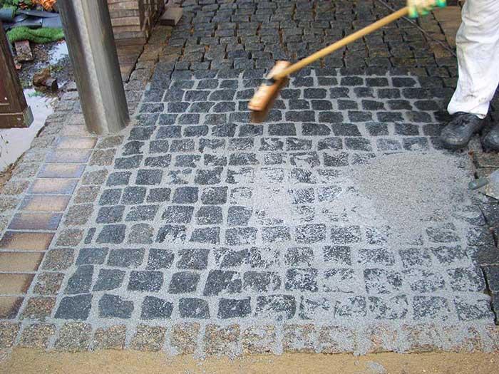 Укладка тротуарной брусчатки своими руками