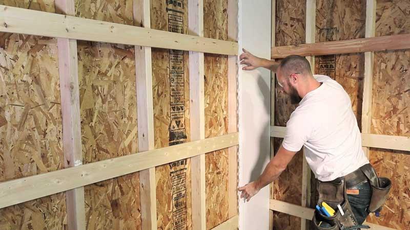 Как крепить пластиковые стеновые панели к стене