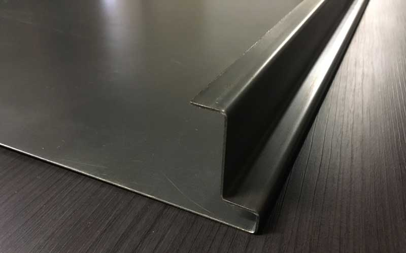 Изготовление металлических дверей