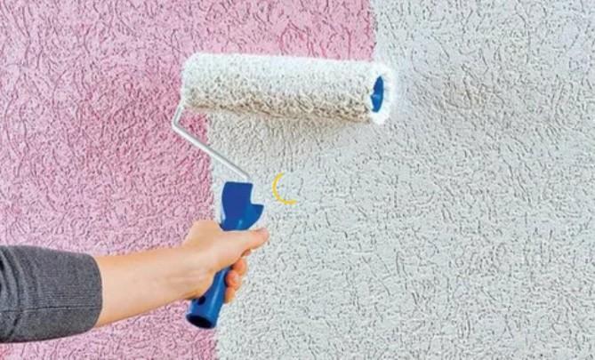 Окраска фактурной краской потолка