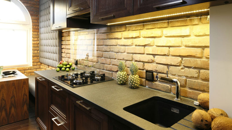 Из чего сделать кухонный фартук на стену недорого