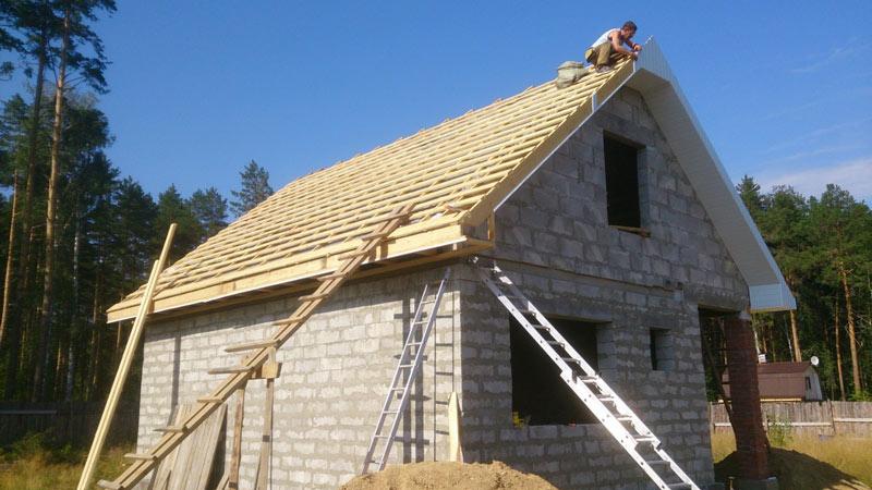 Как правильно сделать фронтон двухскатной крыши