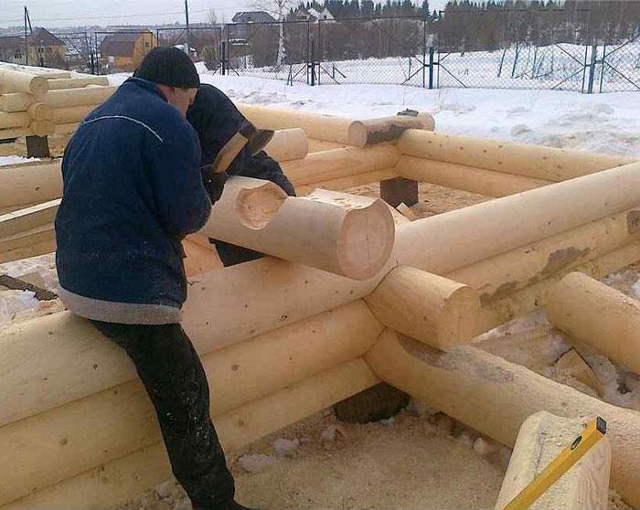 Как построить дом своими руками из дерева