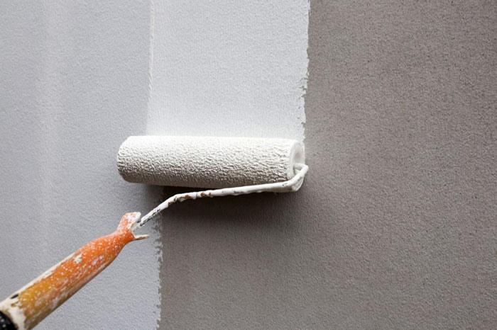 Подготовка стен гаража к утеплению: грунтовка
